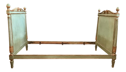 French Louis XVI Day Bed With Original Paint