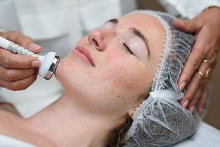 soins micro-courants et ultrasons dermatologue Biarritz