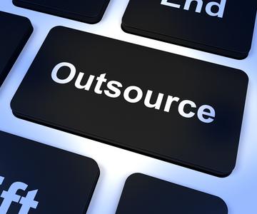 Outsource คืออะไร???