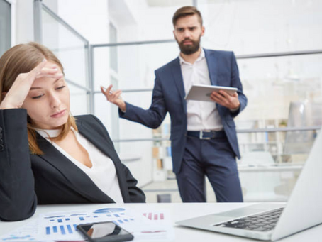 8 Signs of a Toxic Boss