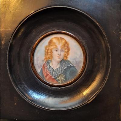 Portrait de Louis XVII miniature sur ivoire