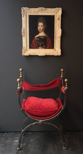 Fauteuil curule en fer martelé et laiton XIXe siècle