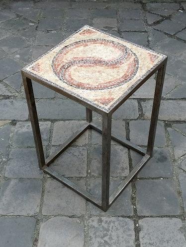 Table d'appoint en mosaïque de marbre