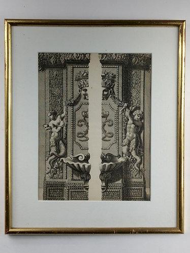 Demi-pilier de la grotte de Thétis à Versailles