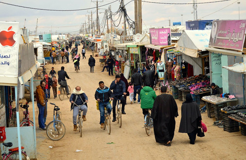 The main shopping street in Zaatari – image copyright to Zaatar