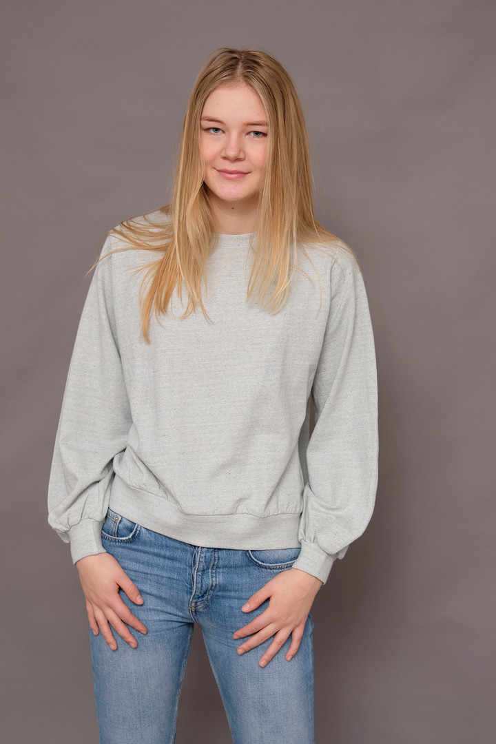 Sweat shirt with recycled denim
