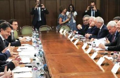 MANOVRA – Confartigianato al Governo: 'No a salario minimo per legge. Quattro mosse per rilanciare l