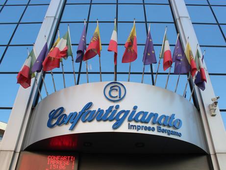 BERGAMO - UniCredit sigla un accordo con Confartigianato Bergamo a supporto delle Imprese associate