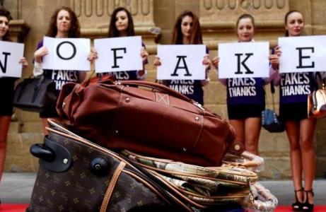 MADE IN ITALY  – I 'falsi' colpiscono 95.000 piccole imprese. Bene proposta di legge anticontraffazi