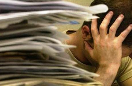 FISCO- Burocrazia fiscale fa sprecare 238 ore/anno. Via oneri e complessità per sostenere imprese