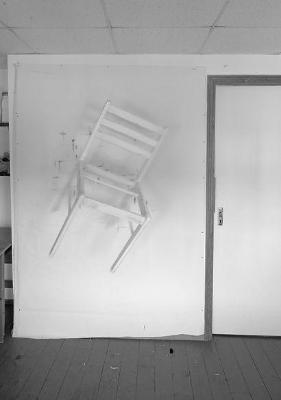 Floating Chair 01.jpg