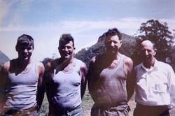 Wayne, Les, Rick & David Moffat