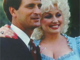 Dolly Parton - The Cute Love Story We All Deserve