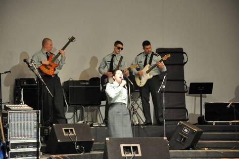 2009 URI
