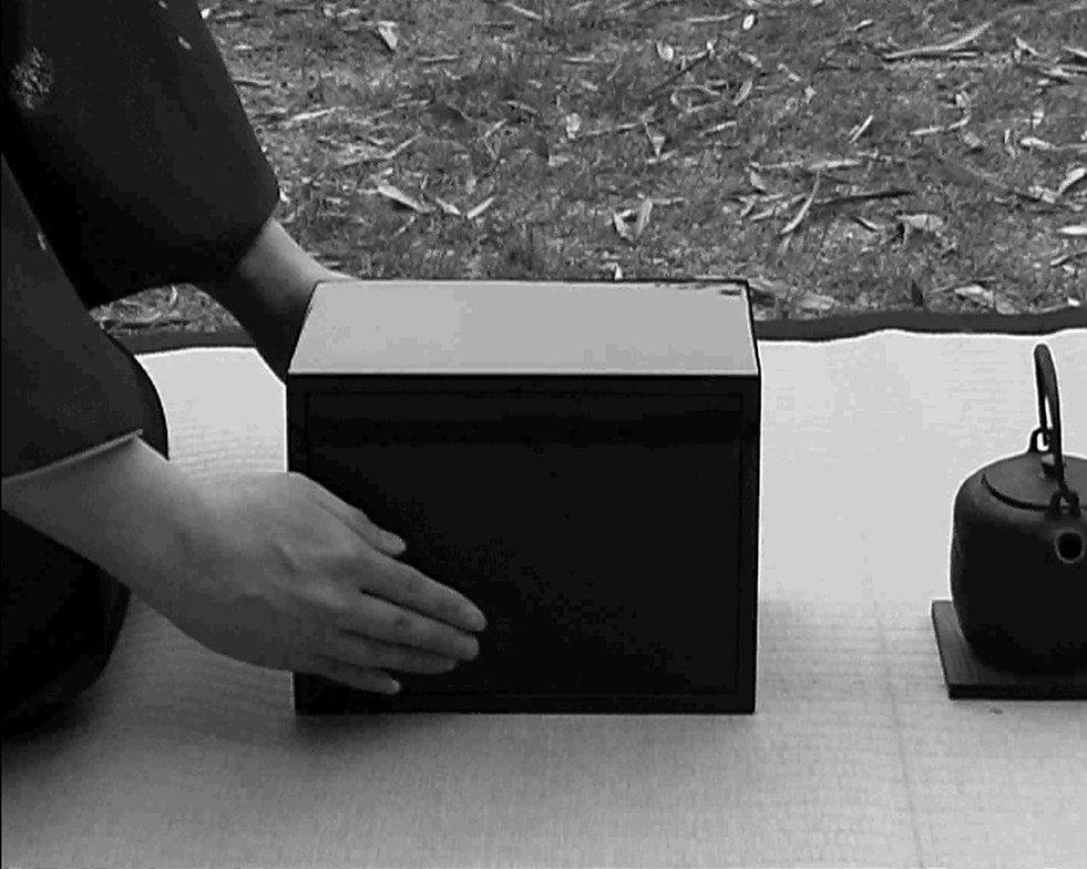 2004.Black.Caddy.6.jpg
