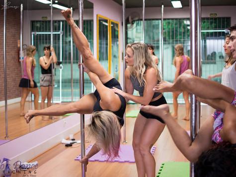 Capacitação Profissional em Pole Dance Art & Fitness