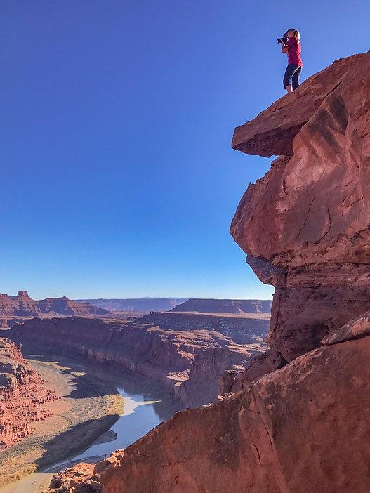 mel photographing canyonlands 2-8949.jpg