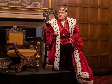 King throne.jpg