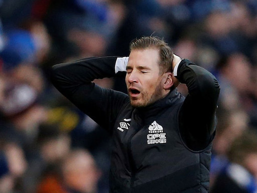 Hodgkinson Must Put Siewert Out Of His Misery Now