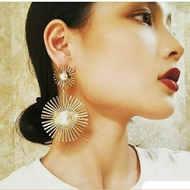 earring 4.jpeg
