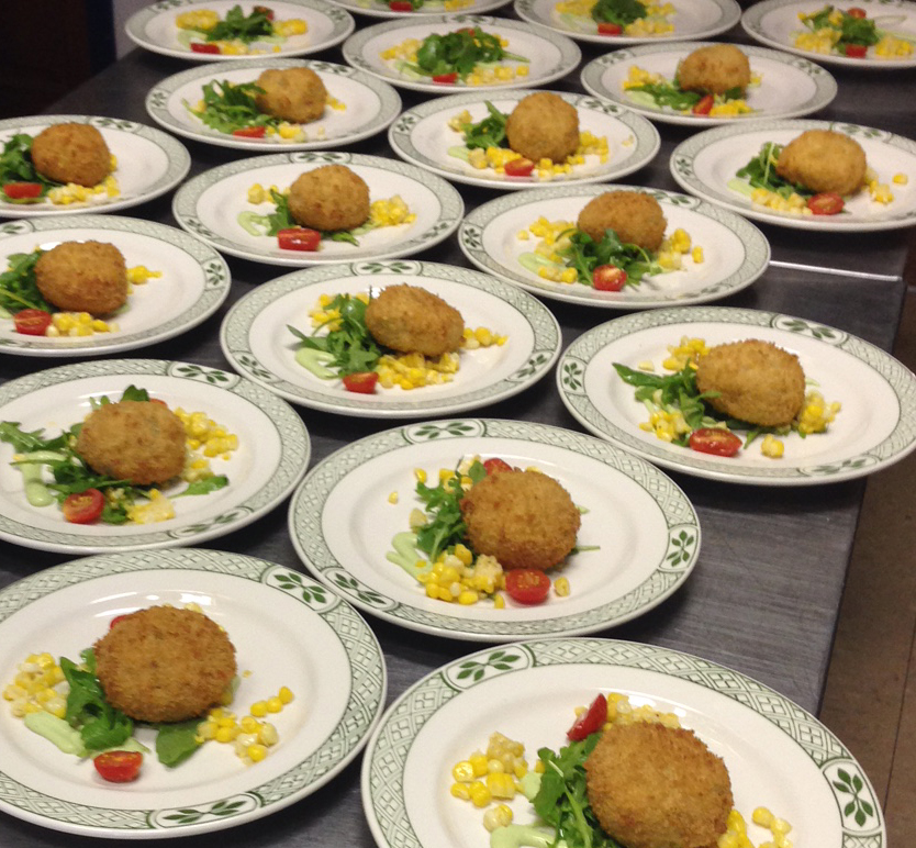 crab cakes cropped.jpg