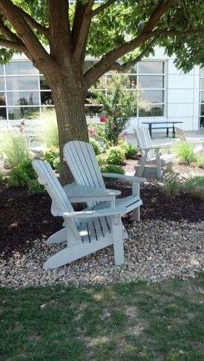 jmu-white-chairs.jpg