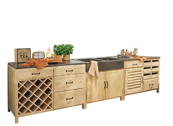 Delta kitchen
