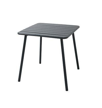 Chuck bistro table