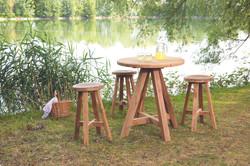 Castle bar table round