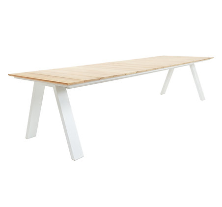 Kaku table