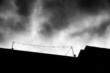 Les lumières sur un toit