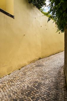Le mur jaune