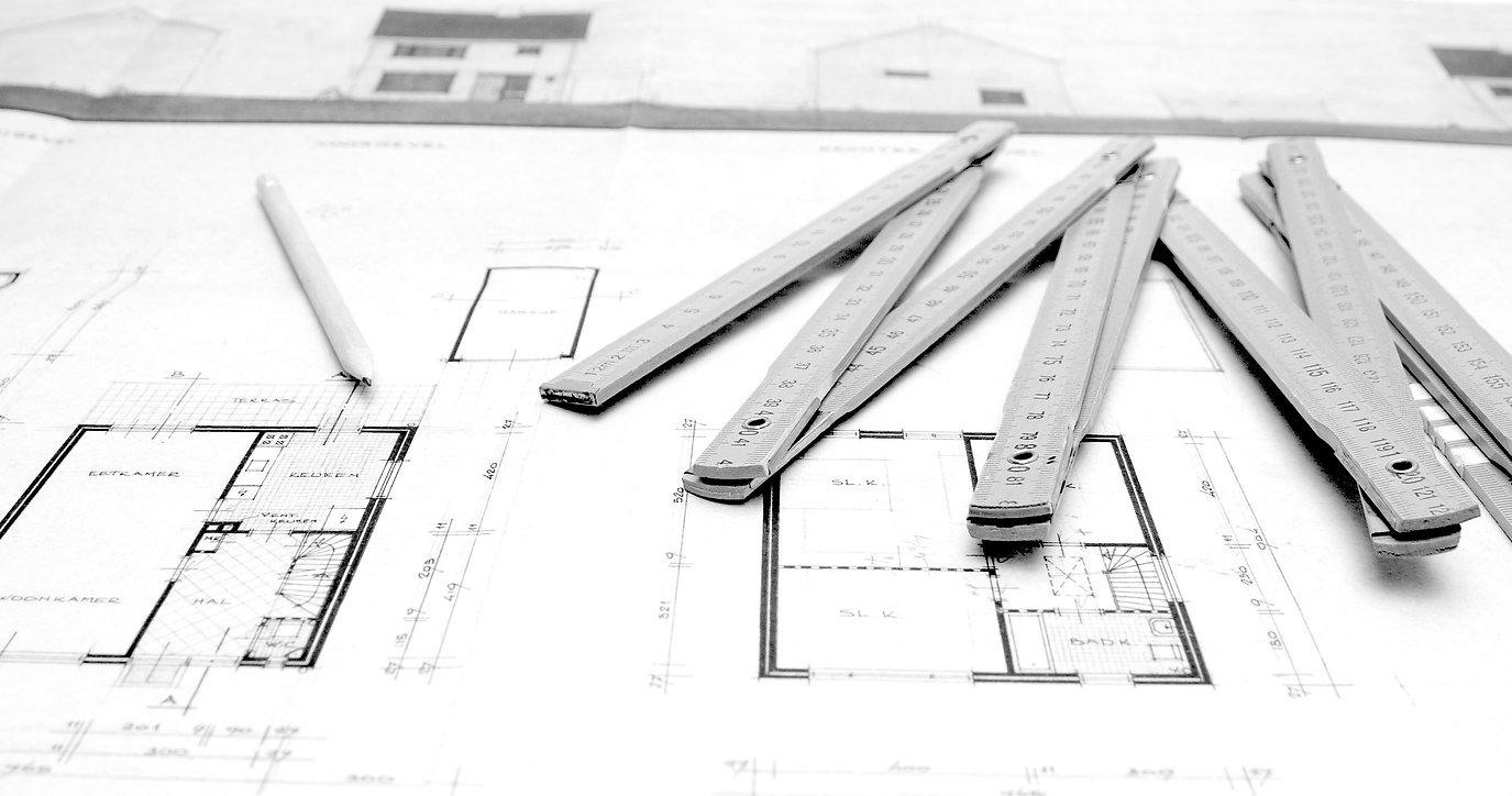 CaptivatingCarpentry&Constructions_Comme
