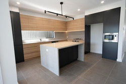Captivating_Carpentry_Construction_Custo