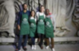 Les membres de l'association Equoevento Paris sont à un évennement pour lutter contre le gaspillage alimentaire