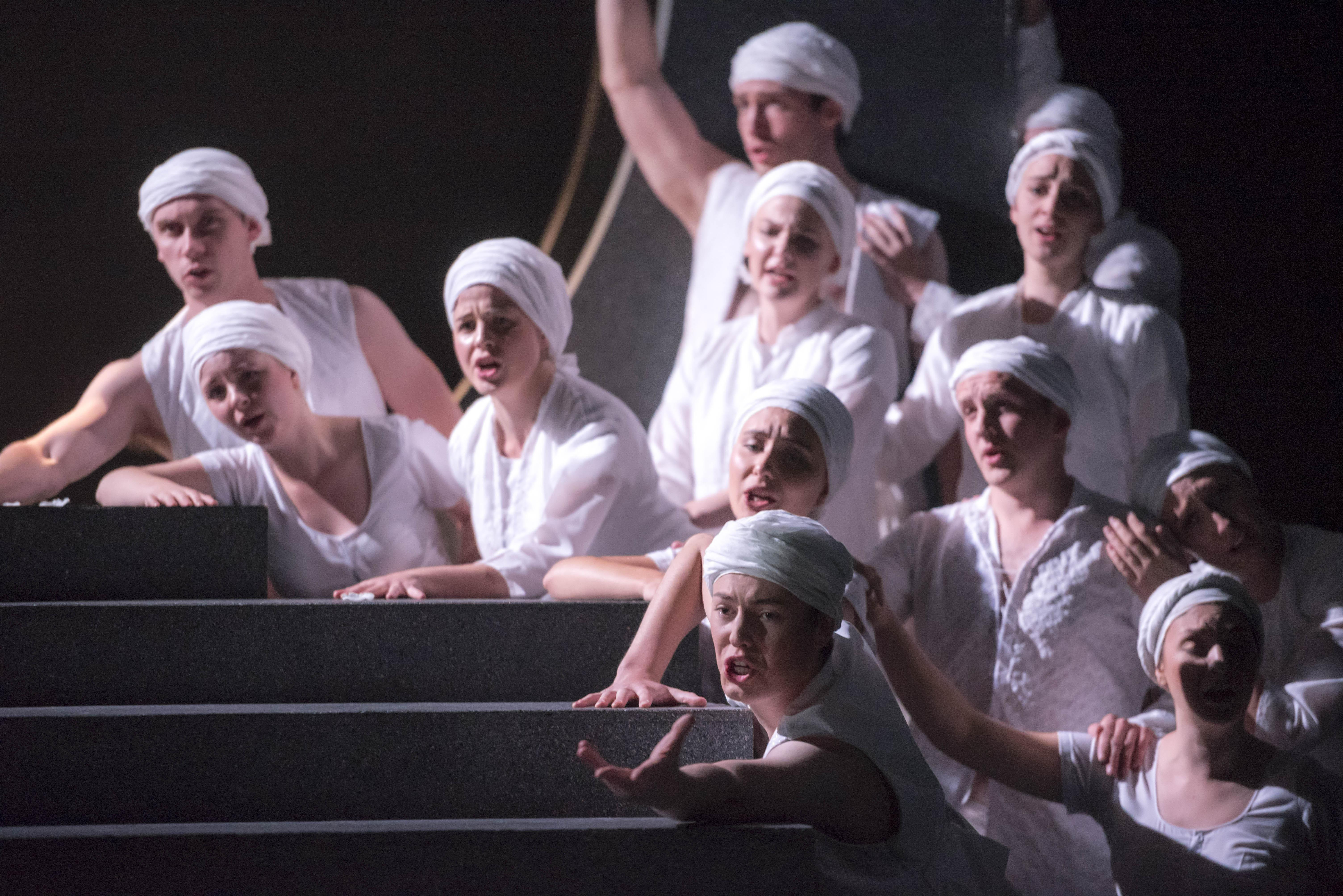 LFO Chorus in Orfeo ed Euridice