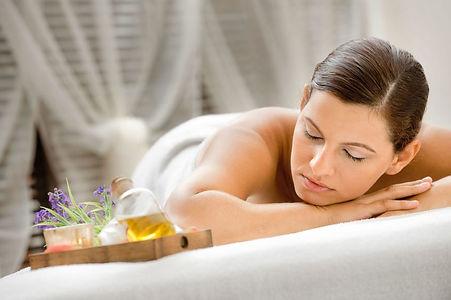 massage détente californien, sensitif, ayurvedique, lomi-lomi