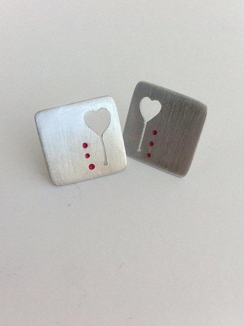 `Pendientes botón Red&Love