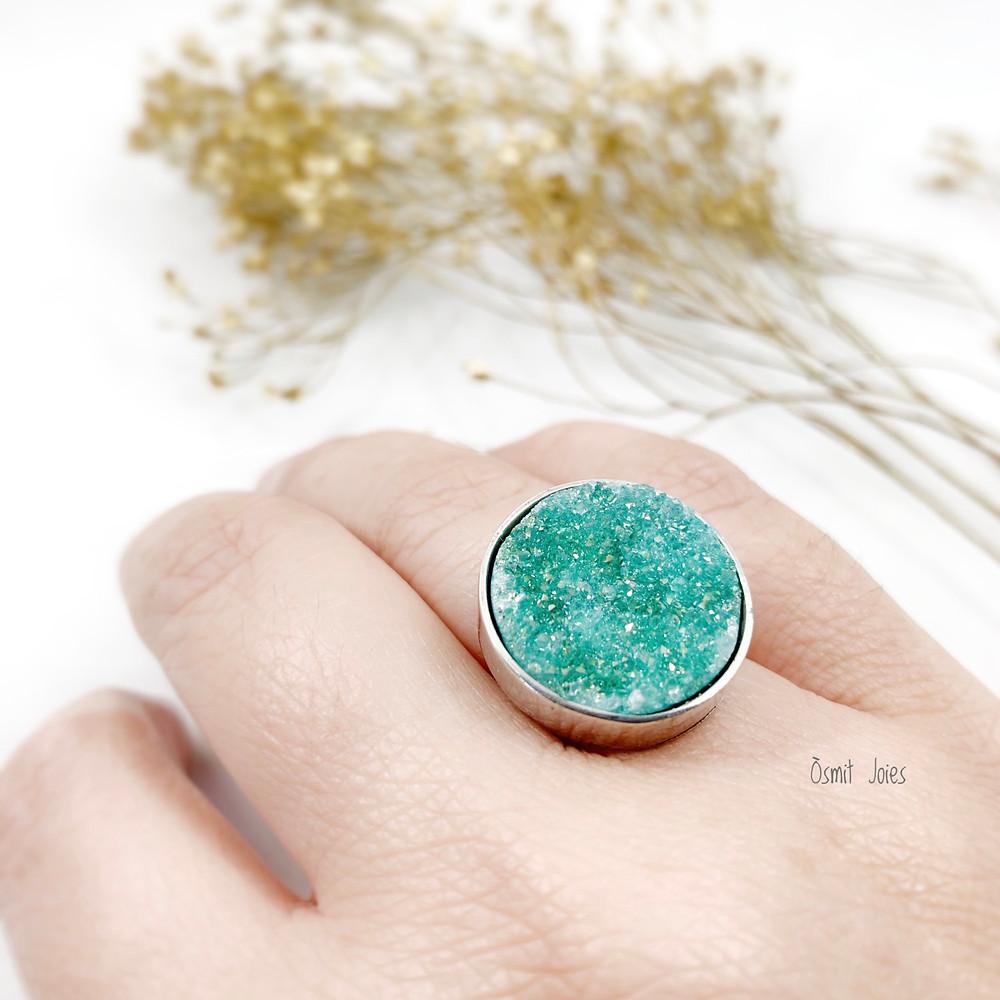 Agata cristalizada anillo