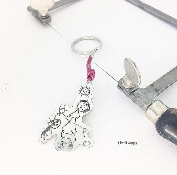 llavero personalizado con dibujo de los peques osmit joyas