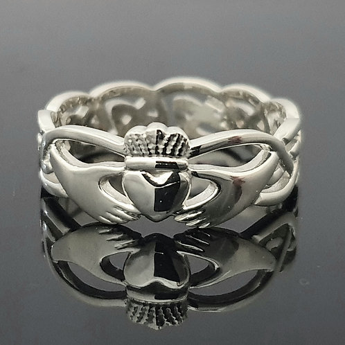 Claddagh Ring with Celtic Knot band