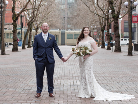 At Last: Kathleen and Zach Celebrate at AXIS Pioneer Square