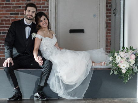 The Best Christmas Gift: A December Wedding to Remember