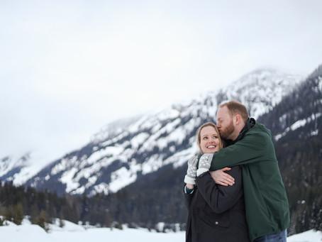 Pacific Northwest Winter Wonderland: An Engagement Session at Gold Creek Pond