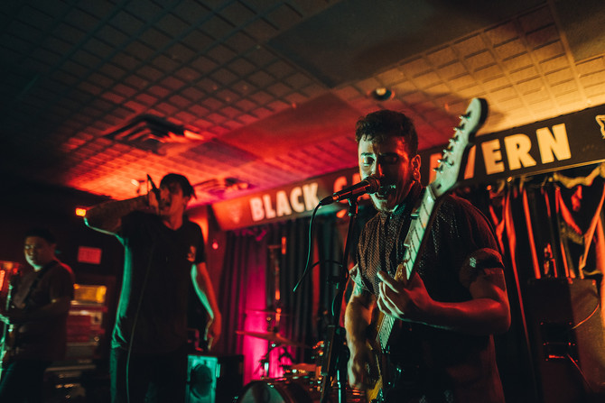 Youth Fountain and No Liars - Black Cat Tavern - September 28, 2018