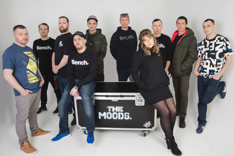 "The Moods ""Collaborate with Grammy Winner"" on new single !"