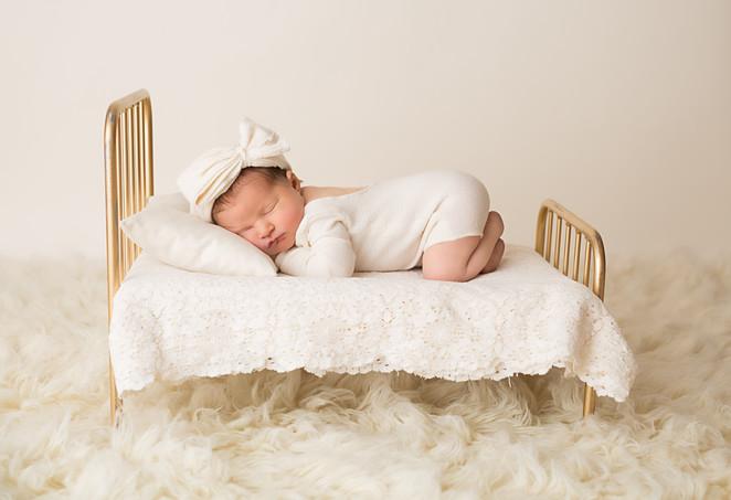 Newborn (20 of 26).jpg
