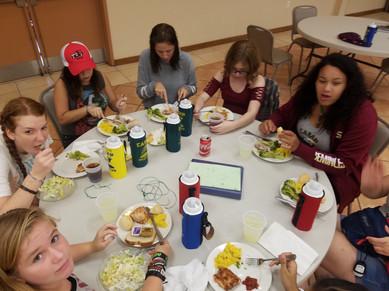 Meals at Florida Overnight Summer Camp.j