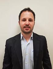 אלעד שילינגר, מנהל השקעות ואנליסט בעציוני ניהול תיקי השקעות