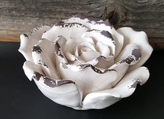 Beton Rose (lasiert)